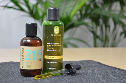 Mandelöl eignet sich auch zur Massage