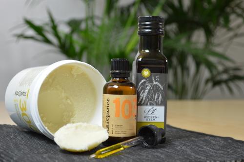 Sheabutter mit duftendem Zitronenöl