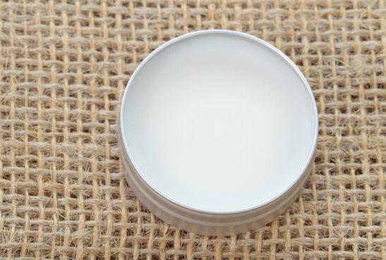 Lippenbalsam aus Kokosöl