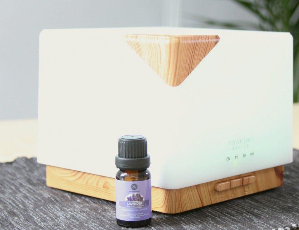 Lavendelöl mit einem Diffuser nutzen