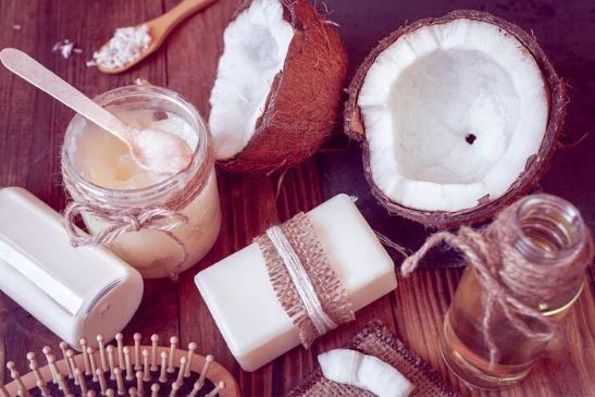 Pflegende handcreme aus Kokosöl, kakaobutter